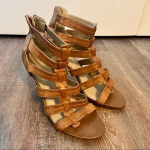 Aldo sandal with heel